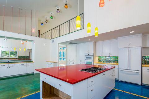 厨房白色餐桌混搭风格装修效果图