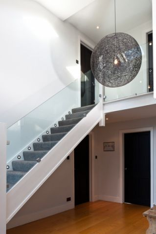 浪漫迷人现代风格楼梯装修效果图_土拨鼠2017装修图片大全