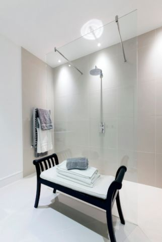 卫生间白色细节现代风格装饰图片