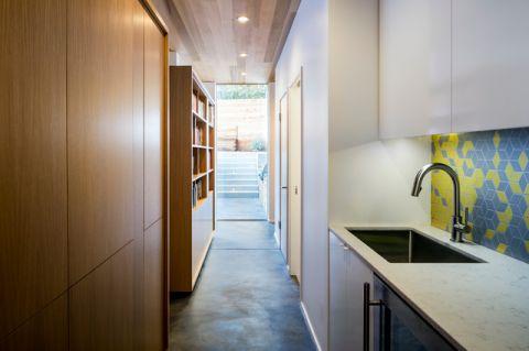 客厅橱柜现代风格装潢效果图