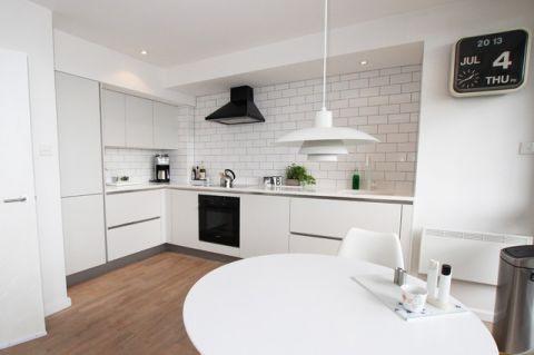 温馨舒适现代风格厨房装修效果图_土拨鼠2017装修图片大全