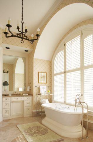 卫生间浴缸美式风格装饰图片