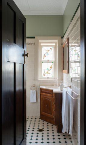 卫生间窗台美式风格装饰效果图