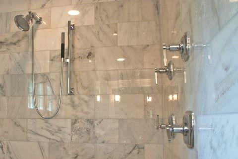 浴室灰色背景墙美式风格装潢效果图