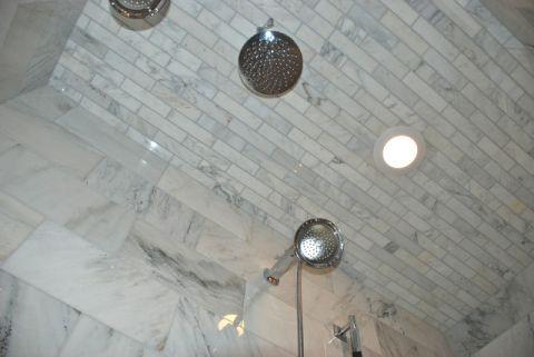 浴室灰色吊顶美式风格装修图片
