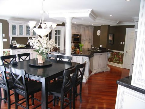 厨房餐桌简欧风格装饰设计图片