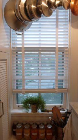 厨房白色窗帘混搭风格装潢设计图片