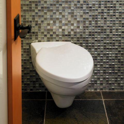 卫生间白色细节混搭风格装修效果图