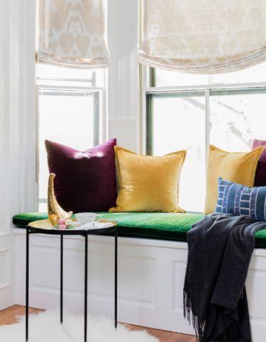 客厅彩色飘窗混搭风格装修设计图片