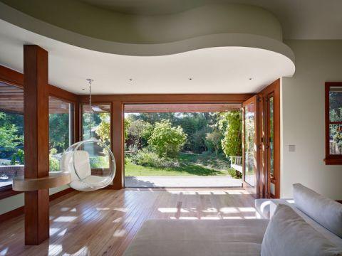 客厅咖啡色门厅混搭风格装潢设计图片