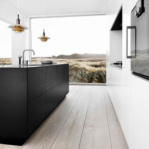 厨房黑色橱柜现代风格装潢设计图片