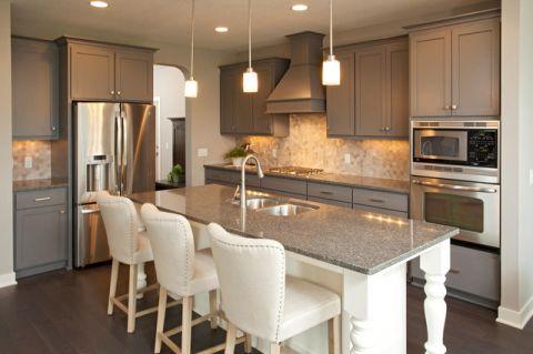 厨房灰色吧台现代风格装潢效果图