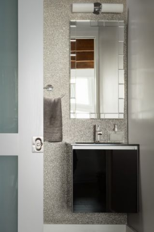卫生间灰色背景墙现代风格装潢图片