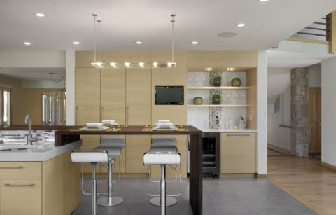 厨房咖啡色吧台现代风格装修设计图片