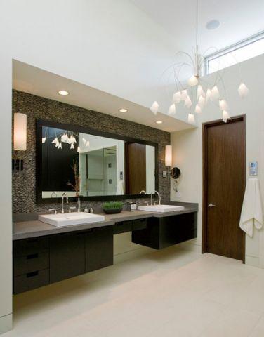 卫生间咖啡色背景墙现代风格装潢效果图