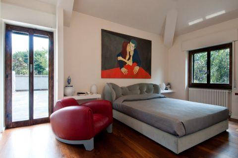 卧室灰色榻榻米现代风格装潢图片