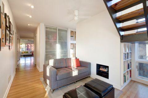 客厅咖啡色楼梯现代风格装饰设计图片
