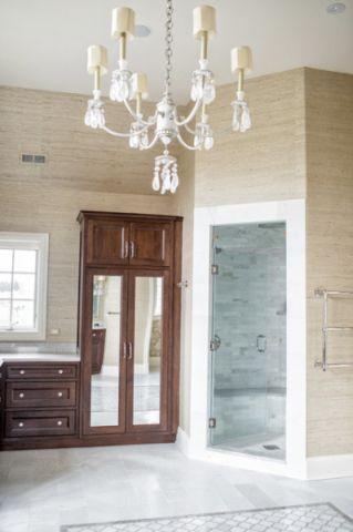 卫生间白色灯具美式风格装修效果图