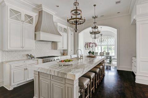 厨房白色厨房岛台美式风格装潢设计图片