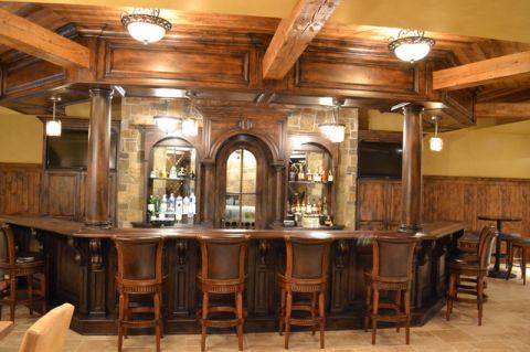 餐厅咖啡色吧台美式风格装饰效果图