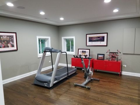 客厅灰色健身房美式风格装修图片