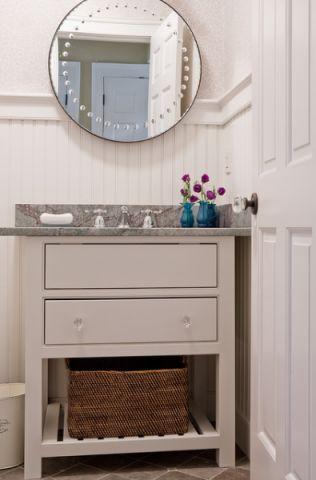 卫生间橱柜美式风格装潢设计图片