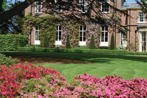 花园红色细节美式风格装饰图片