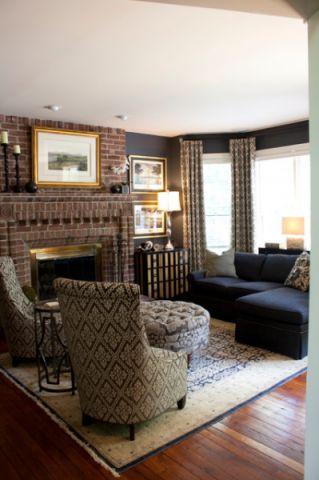 客厅咖啡色沙发美式风格装潢效果图