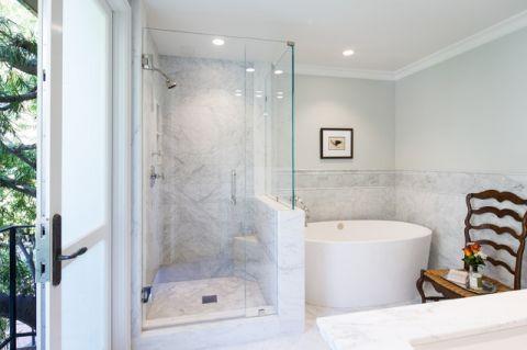 卫生间白色隔断美式风格装潢效果图