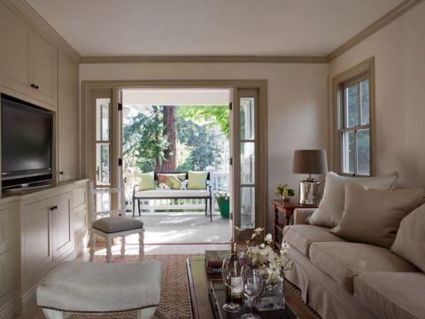 客厅米色沙发美式风格装潢图片