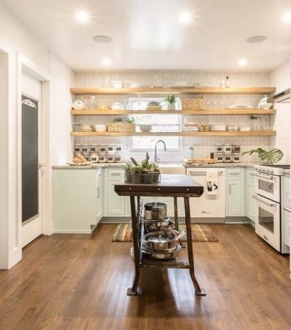 厨房白色背景墙美式风格装修设计图片