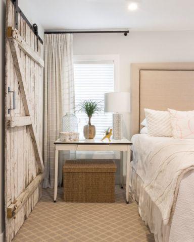 卧室白色窗帘美式风格装潢设计图片