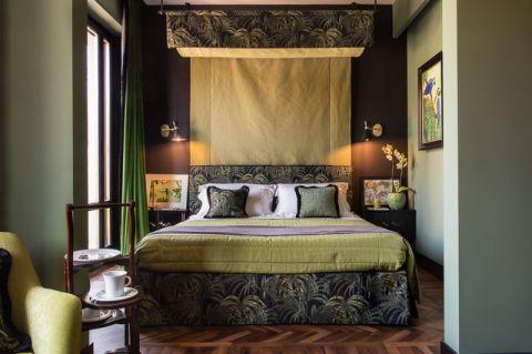 卧室彩色床混搭风格装修设计图片