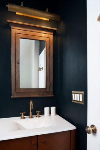 卫生间蓝色细节混搭风格装修图片