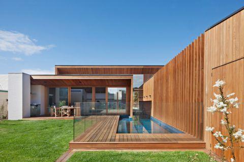 外景咖啡色泳池现代风格效果图