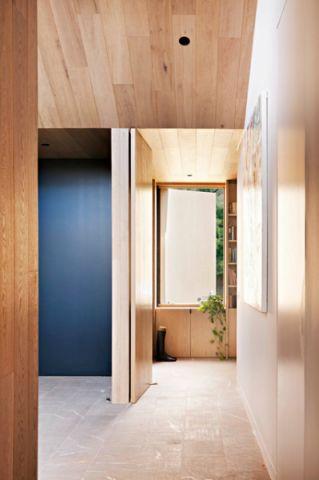 玄关咖啡色走廊现代风格装潢效果图