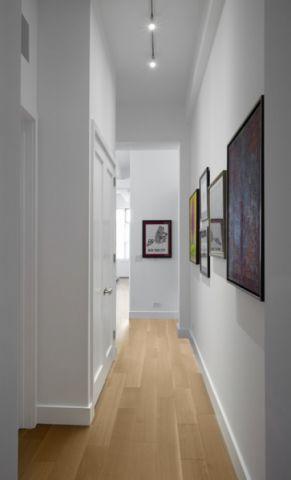 玄关咖啡色走廊现代风格装饰设计图片