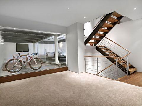 客厅咖啡色楼梯现代风格装饰效果图