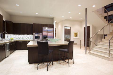 厨房黑色厨房岛台现代风格装潢设计图片