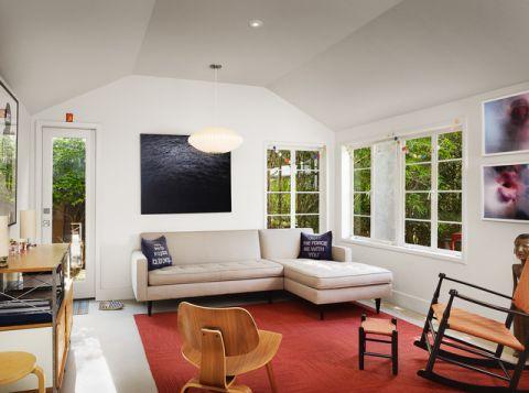 客厅白色吊顶现代风格装饰效果图