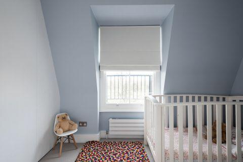 儿童房灰色背景墙现代风格装潢图片