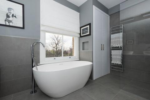 卫生间灰色背景墙现代风格装饰设计图片