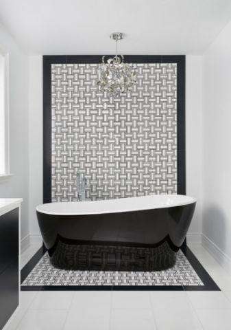 卫生间浴缸现代风格装修效果图