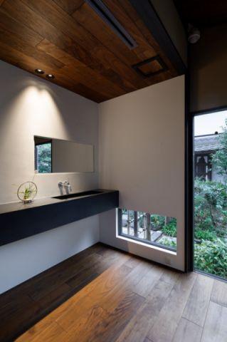 卫生间现代风格装饰效果图