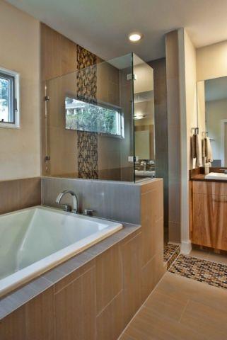 卫生间现代风格装潢图片