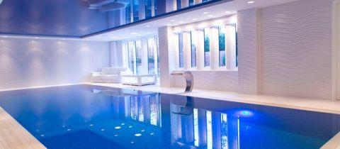 白色泳池现代风格装修图片