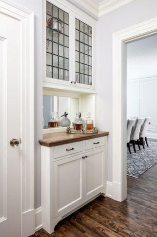 玄关橱柜美式风格装饰效果图