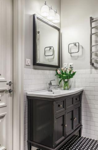 卫生间美式风格装修图片