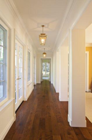 玄关咖啡色走廊美式风格装潢设计图片