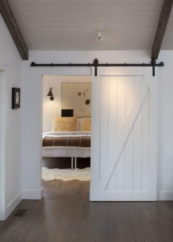 美式男生卧室门厅装修